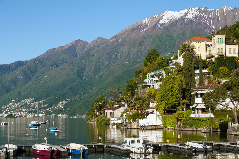 Ascona am Lago Maggiore ist ein verlockendes Reiseziel. (Bild: IGOR ROGOZHNIKOV - shutterstock.com)