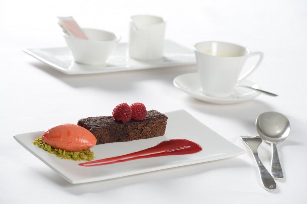 Chocolate cake with Ticinese Chocolat Stella