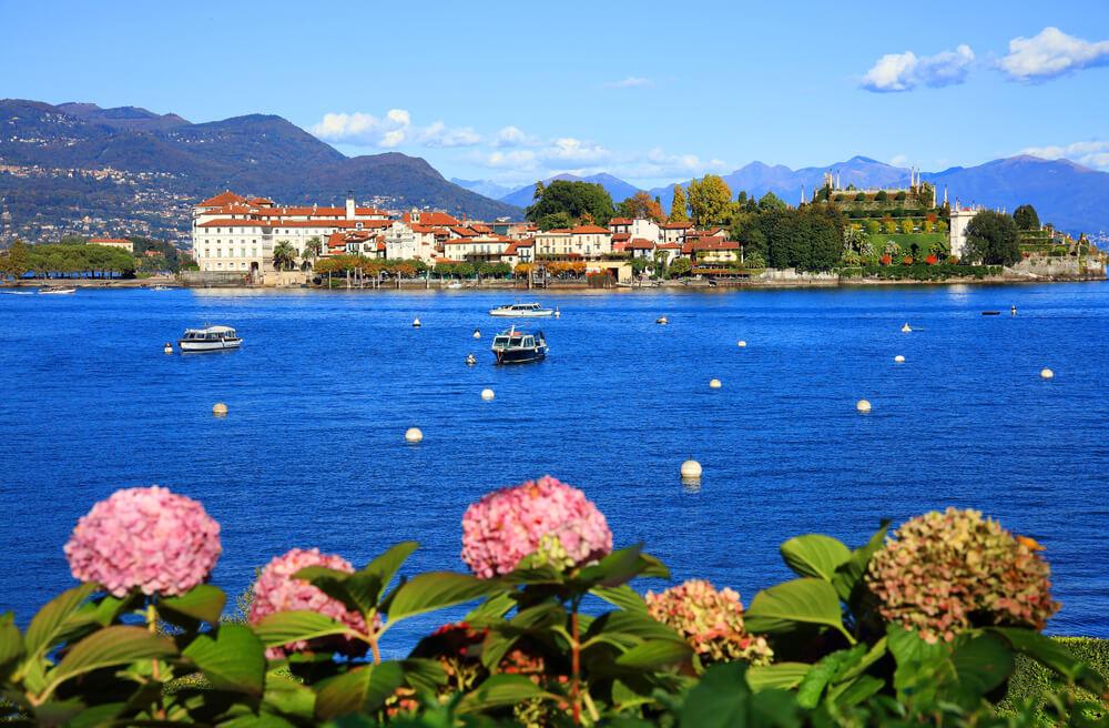 Blick auf die Isola dei Pescatori, Lago Maggiore (Bild: Mikadun - shutterstock.com)