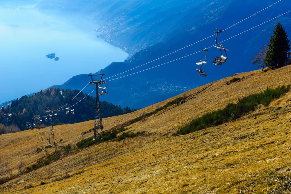 Blick auf Locarno und den Lago Maggiore von Cardada-Cimetta (Bild: RnDmS – shutterstock.com)