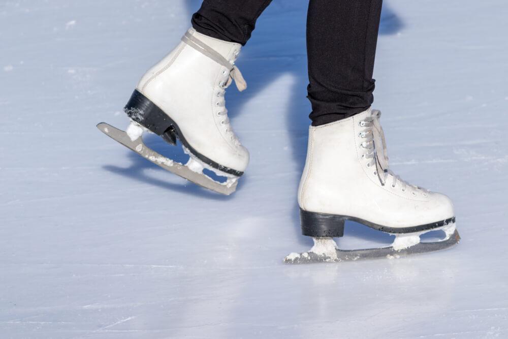 Locarno on Ice - winterliches Highlight für die Besuche (Bild: ReaLiia – shutterstock.com)