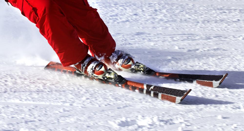 Weltu Schnee-Tåg Bosco Gurin – Riesenspass für die ganze Familie (Bild: Lizard – shutterstock.com)