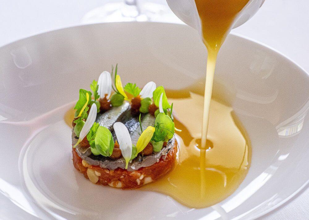 Tomaten Tatar (Bild: © Tschuggen Hotel Group)