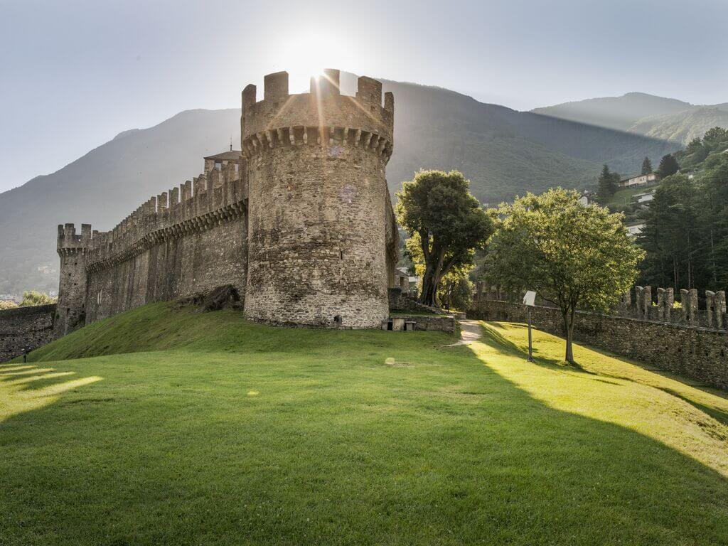 Castello Montebello (Bild: © Schweiz Tourismus, Foto: Markus Buehler-Rasom)