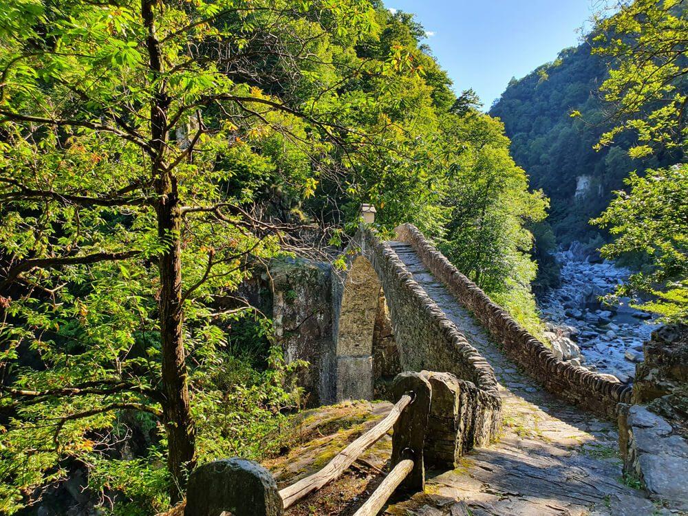Römische Brücke im Maggiatal (Bild: Fonsi – shutterstock.com)