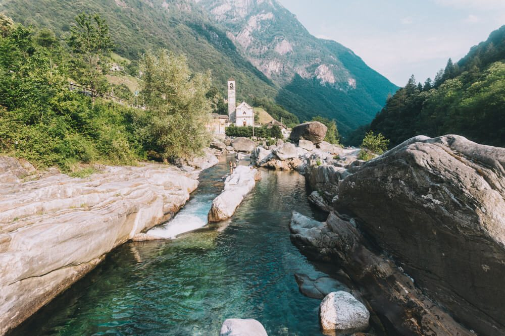Fluss Verzasca in Lavertezzo, Tessin (Bild: kasakphoto - shutterstock.com)